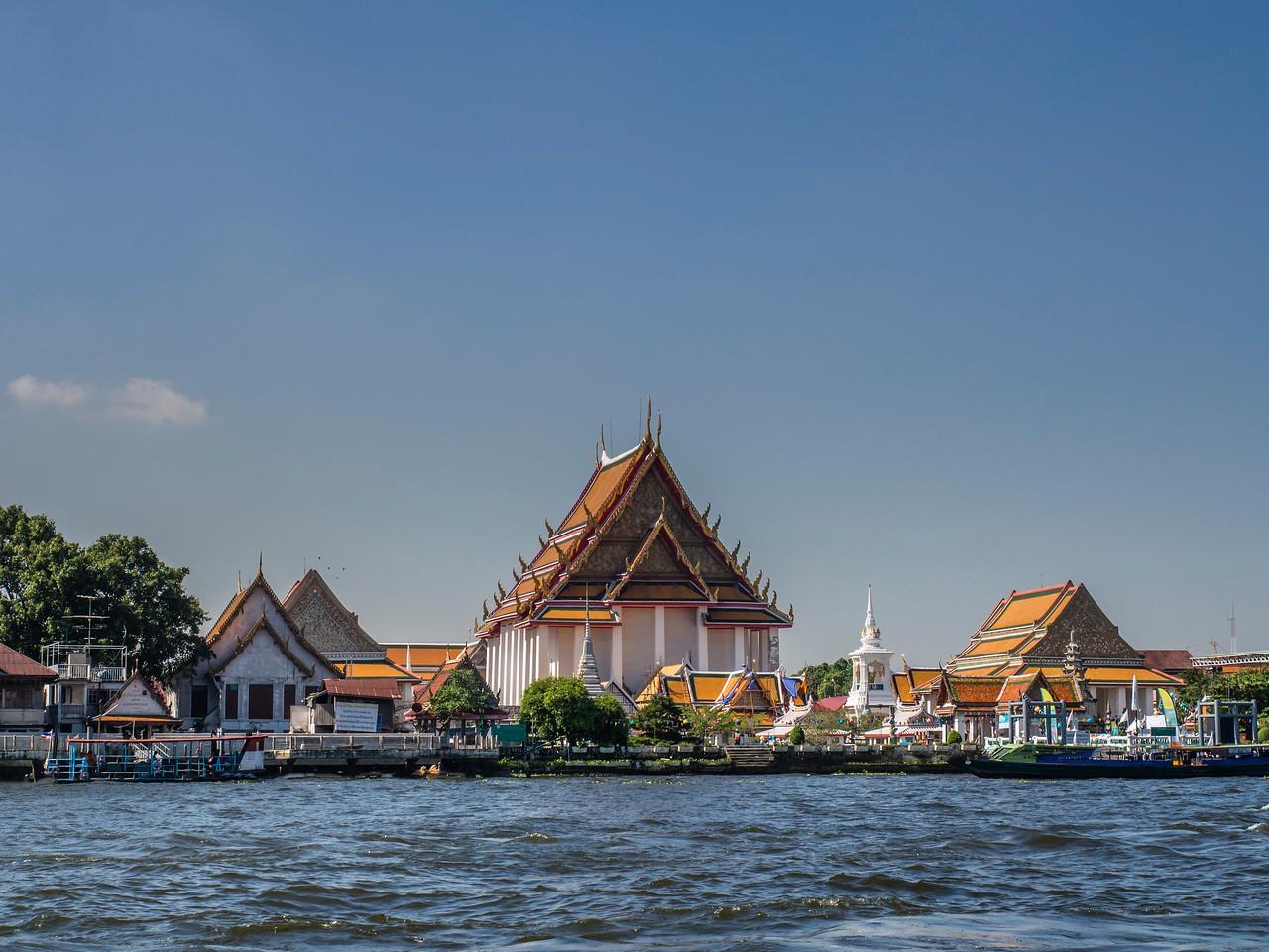 Wat Kanlayanamit Woramahawihan