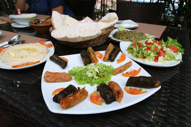Mixed mahshi platter