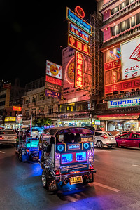 Tuk-tuk in Chinatown.