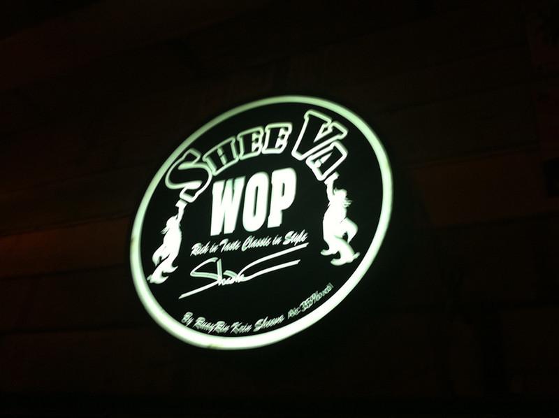 SheeVa Wop, a nice bar by the klong with live music near Khao San Road