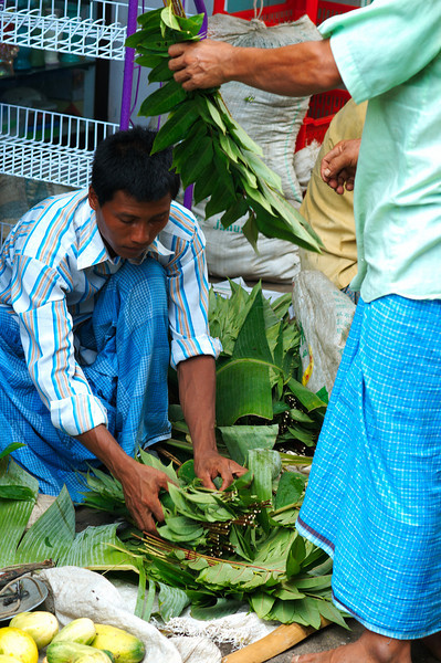Arranging betel leaves