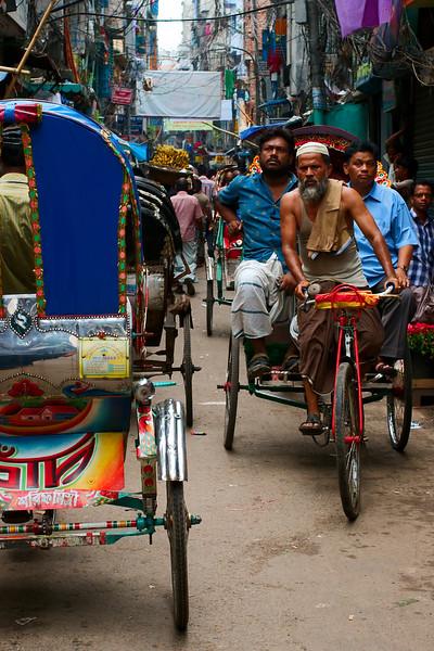 Hindu Street traffic at lunch hour