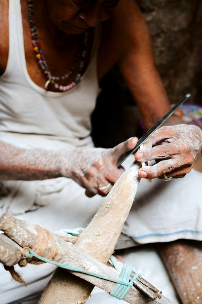 Carving bangles out of conch shells, a traditional Hindu St. art form