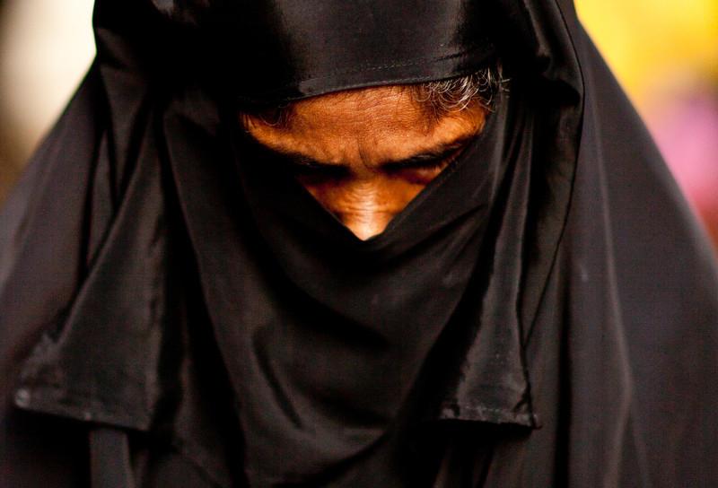 Woman on the street in Dhaka