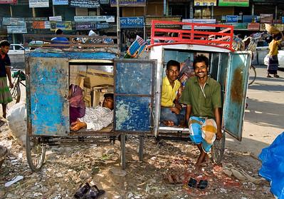 Dhaka rickshaw drivers