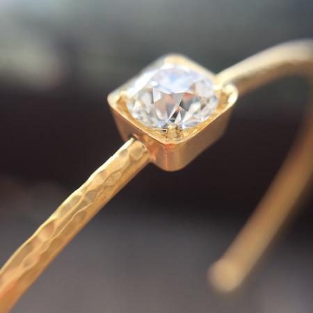 .68ct Old European Cut Diamond Textured Bangle