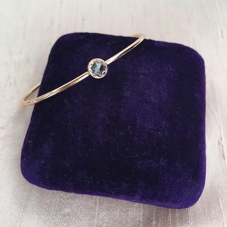 Single Stone Rose Cut Sapphire Bangle, Yellow Gold