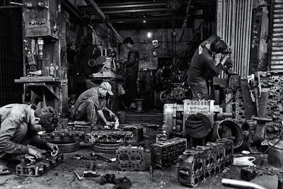 Bennett-Stevens_Cambodia-Machine-shop