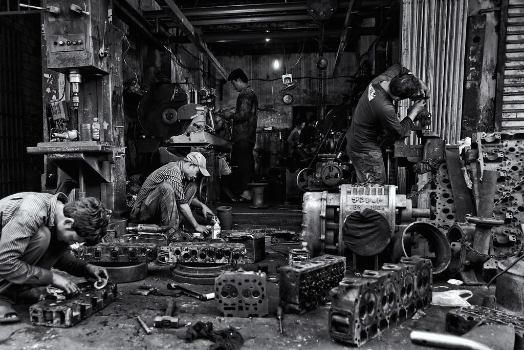 Bennett-Stevens_Cambodia-Machine-shop