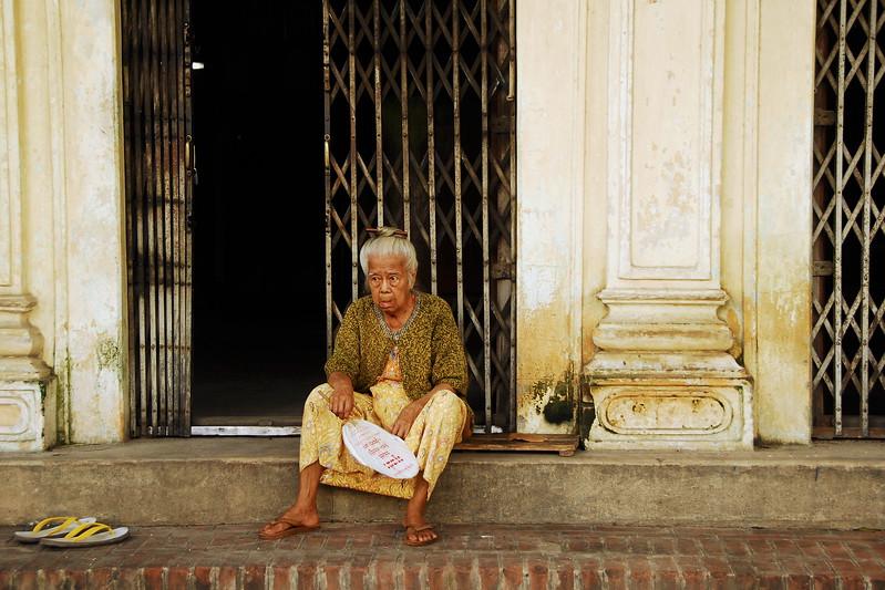 Bennett-Stevens_Burma-Street_Old-Woman