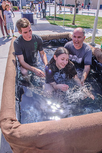 Saddleback Irvine Sunday Worship baptism - photo by Allen Siu