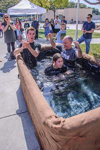 Saddleback Irvine Sunday Worship baptism - photo by Allen Siu