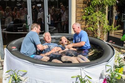 Saddleback Irvine South Easter Sunday Worship Baptism - photo by Allen Siu 2015-04-05