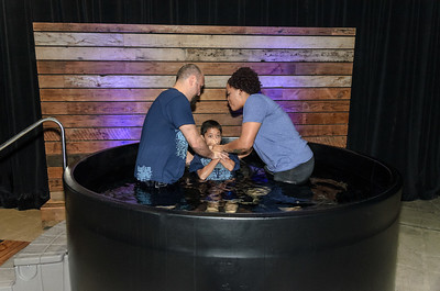 Saddleback Irvine South Sunday Worship Baptism - photo by Allen Siu 2017-01-15