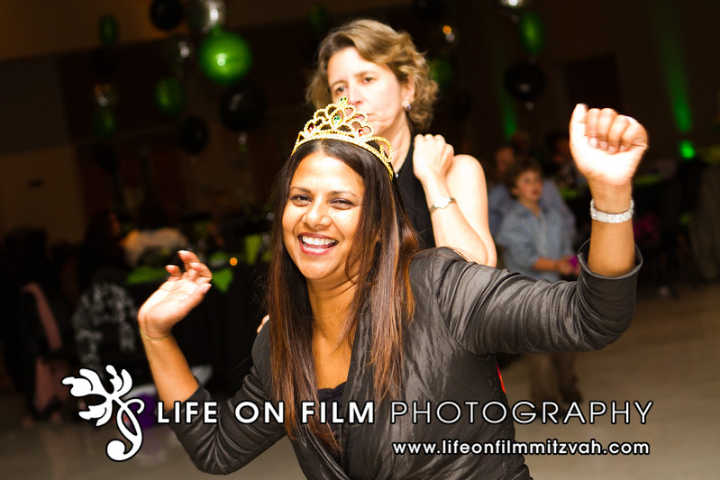 111119ZachLCelebration-0337