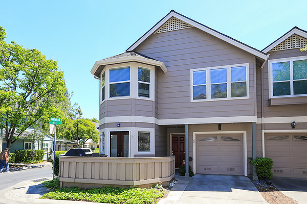 401 Hillwood Ct Mountain View