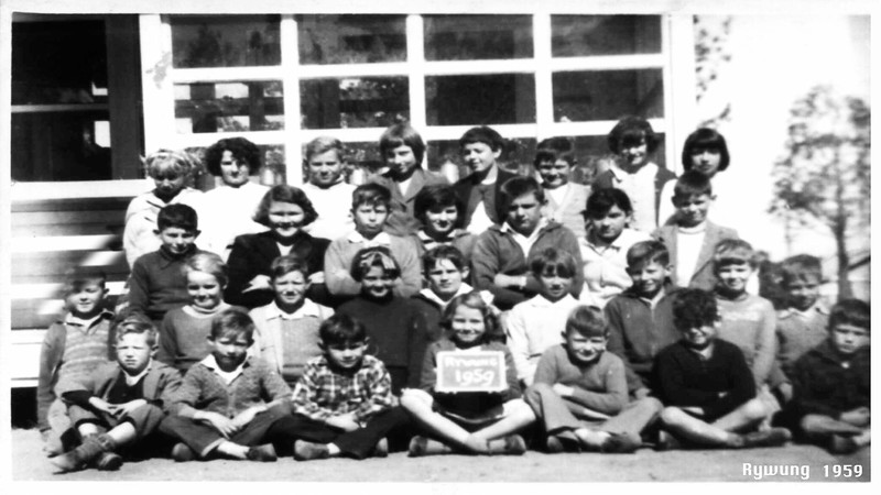 Rywung State School class.  Barbara Ison age 13yrs back row and 2nd from left.