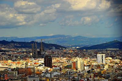 Barcelona_Skyline-Sagrada-Familia_D3S0225