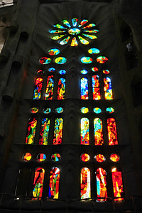 Barcelona_Sagrada_Familia_window_D3S7118