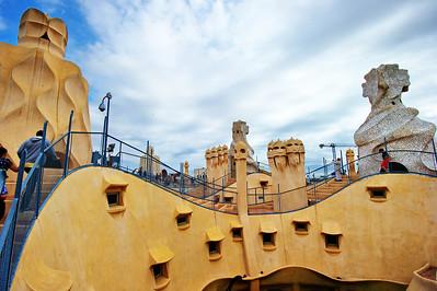 Gaudi_Museum_Rooftop_D3S7996