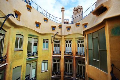 Gaudi_Museum_Up2Terrace4mInterior_D3S0119