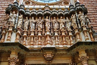 Montserrat_Basilica_facade_J+12A_D3S0141