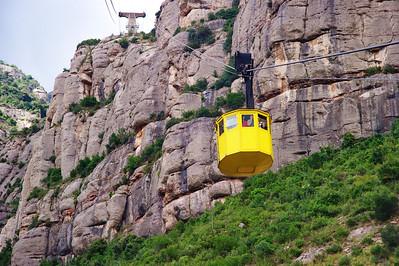 Montserrat_Aeri_Yellow-car_D3S0177