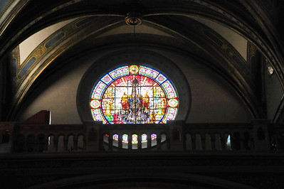 Montserrat_Basilica_front_stained-Glass_D3S0114
