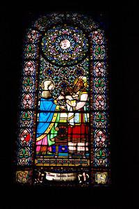 Montserrat_Basilica_window_D3S0135