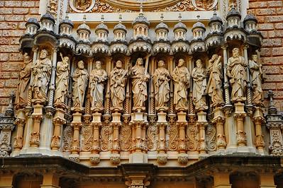 Montserrat_Basilica_facade_J+12A_D3S0101