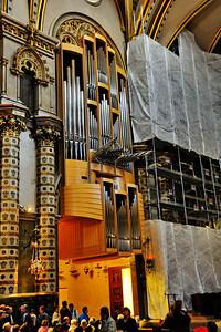 Montserrat_Basilica_organ_D3S0111