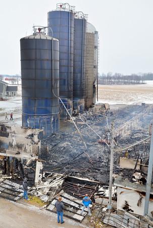 NWS-PT020915-barn fire02.jpg