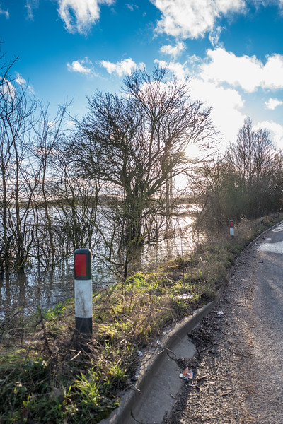 Barnby Dun river Don floods over
