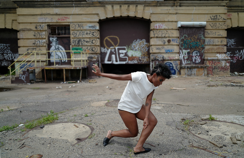 Chloe Powerplant Dance 3