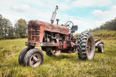 Old Farmall Tractor Dream