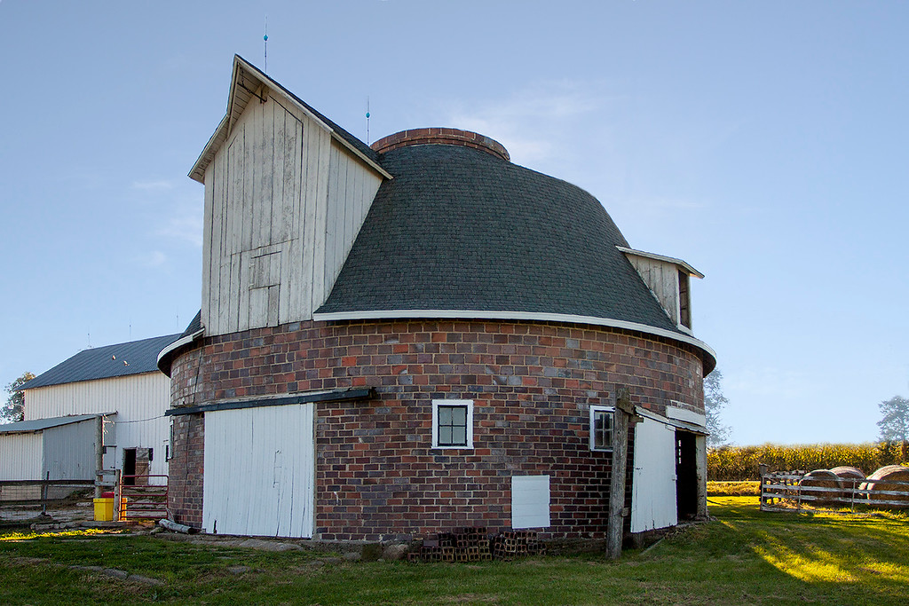 Dighton Round Barn
