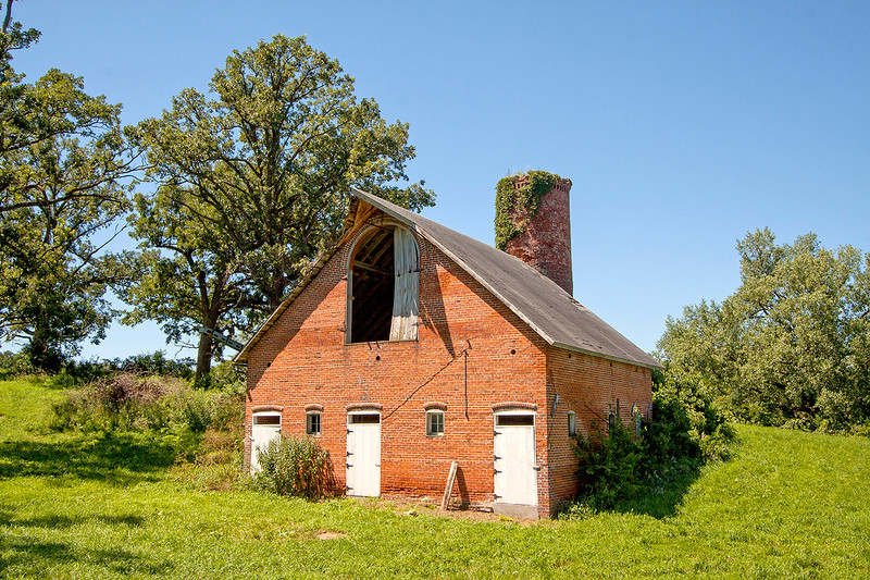 Wiess brick barn_5283-46