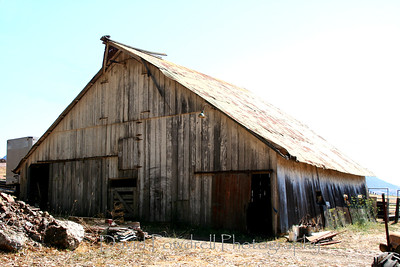 Barn near Guadalupe.