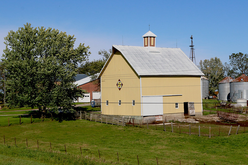 HWY 1 Yellow Barn