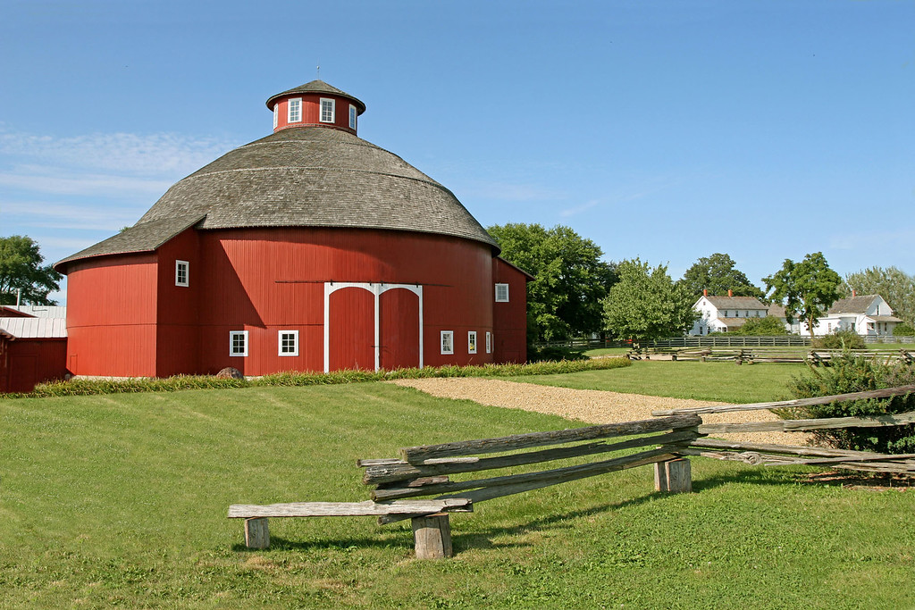 Amish Round Barn, IN
