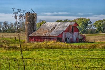 Barn near Rockville, IN