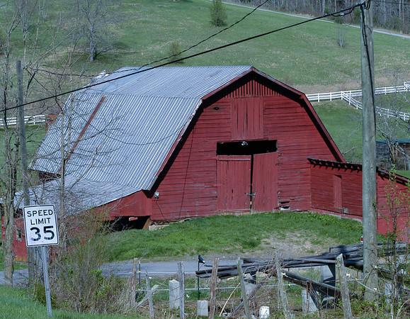 Barn 2011-110404-1253