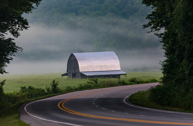 Smith Barn Around the Bend