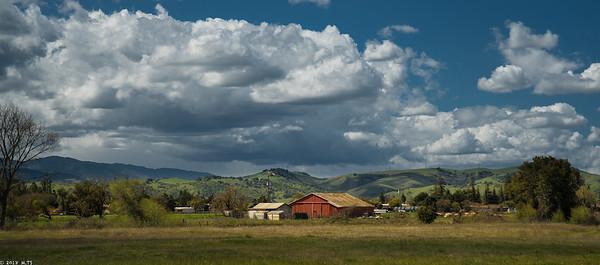 Barn at Coyote Creek Trail