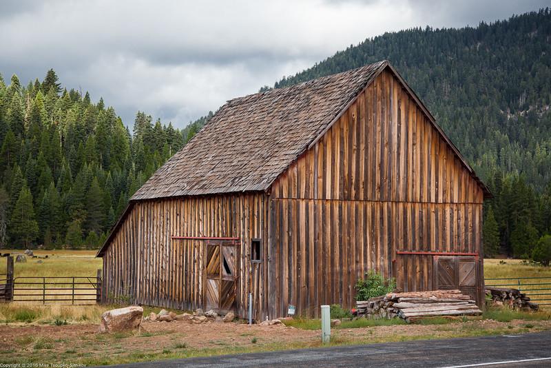 Barn at Highlands Ranch
