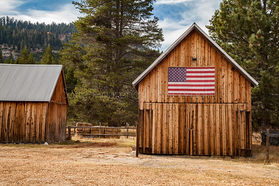 USA Flag Quilt Barn #6 Quincy California