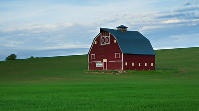 Famous Palouse Country Barn