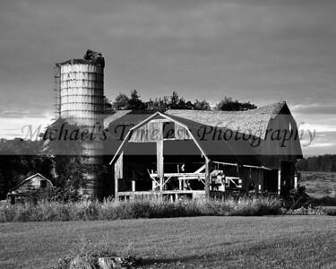 Old Barn 8 x 10