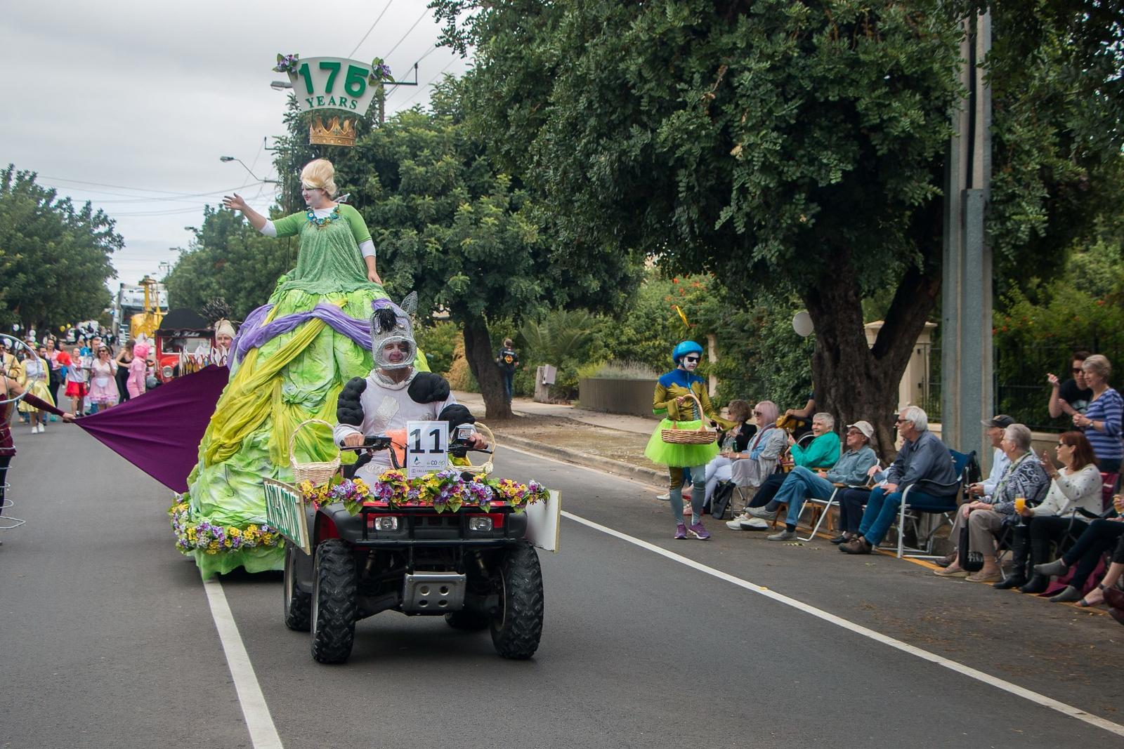 The-Parade-Nathaniel-Mason-2985