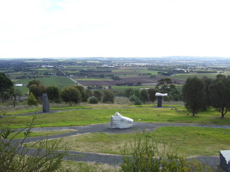 Mengler's Hill lookout .... sculpture park with views over the Barossa Valley